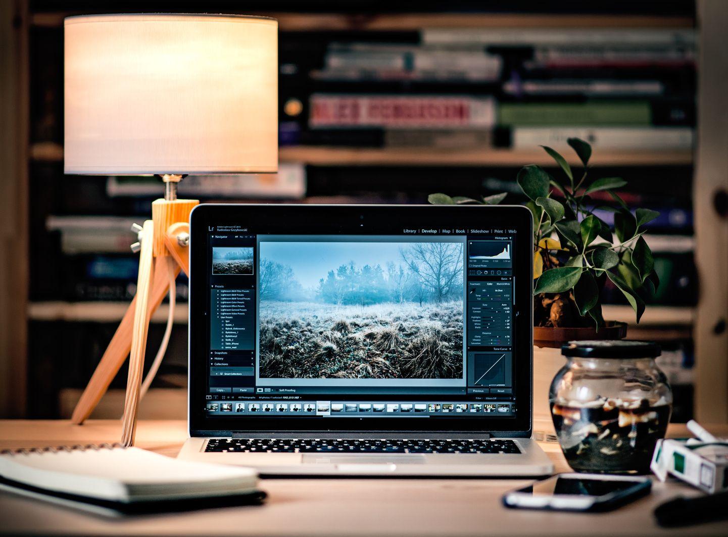 Online grafický editor Pixlr