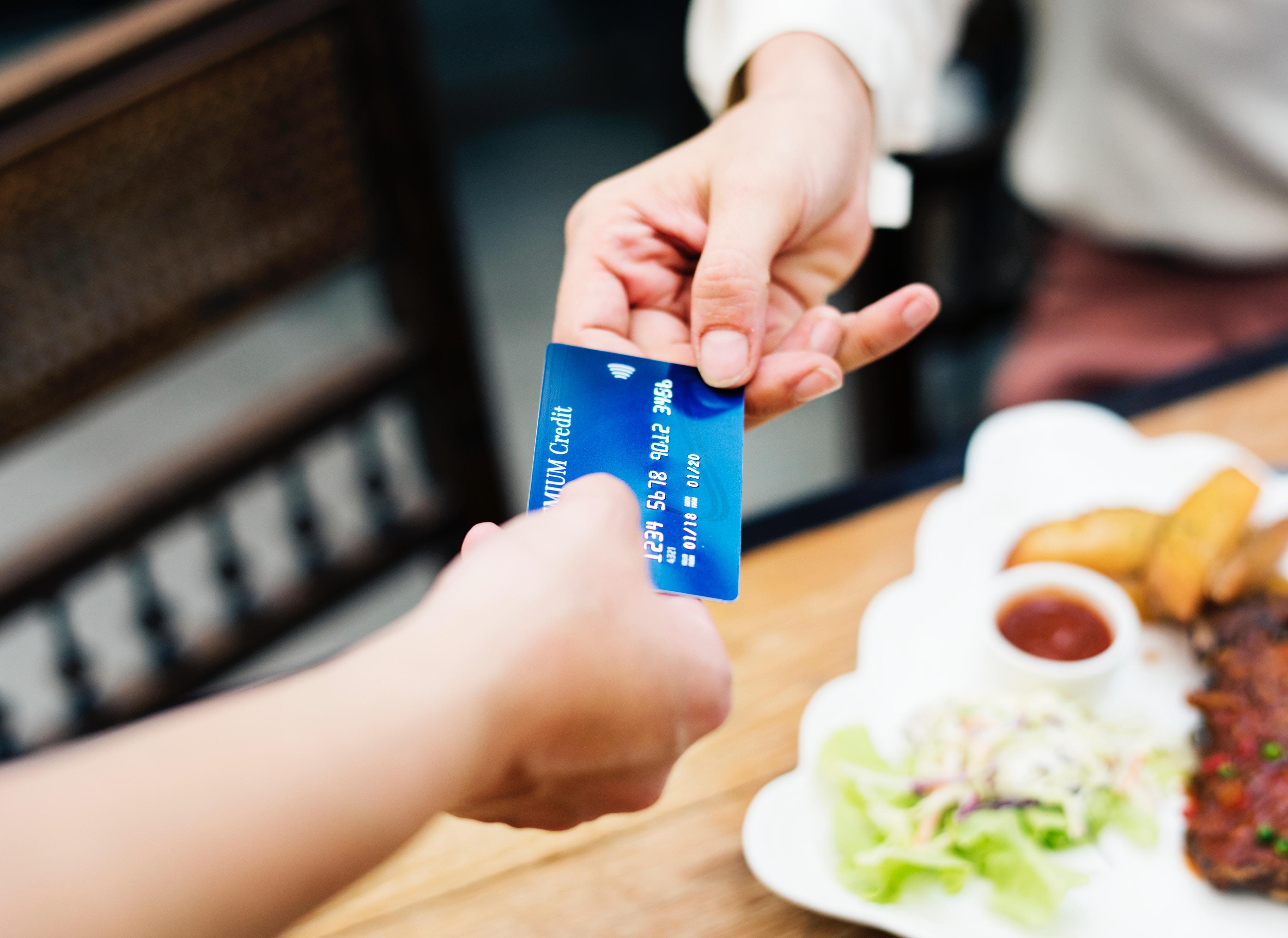 Chystají se změny vověřování online plateb
